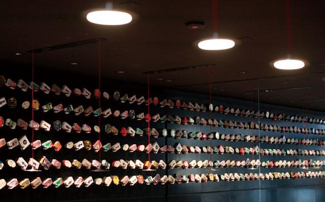 著名AL-A设计的Pop-up餐厅OLED照明