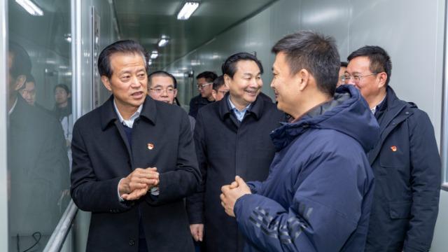 嘉兴市委副书记孙贤龙带队来我司走访调研|UIV CHEM